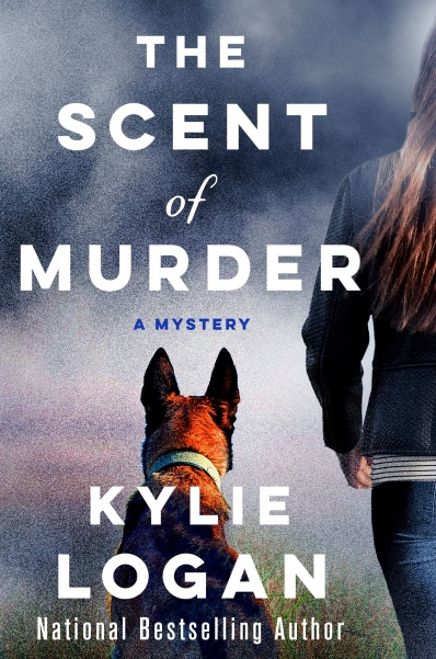 HH Kylie Logan The Scent of Murder (1)
